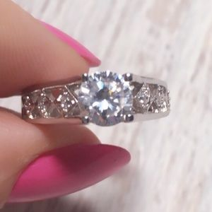 14 KT Lab Created Diamond Engagement 7.5 Ring